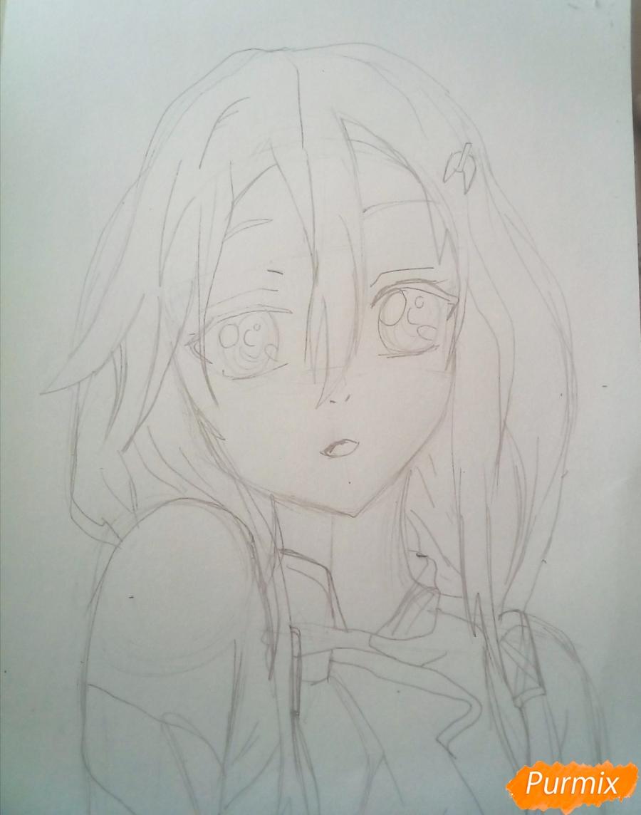 Рисуем портрет Инори Юдзуриха цветными карандашами - шаг 4