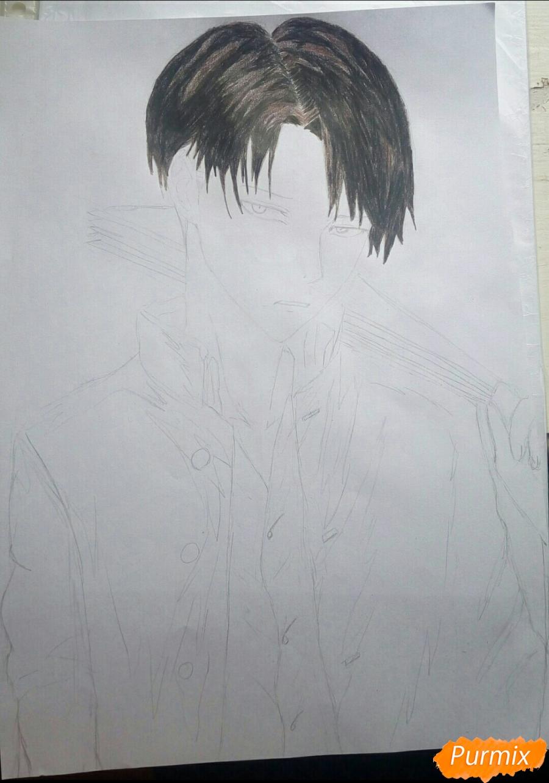 Рисуем Капрала Леви цветными карандашами - фото 7