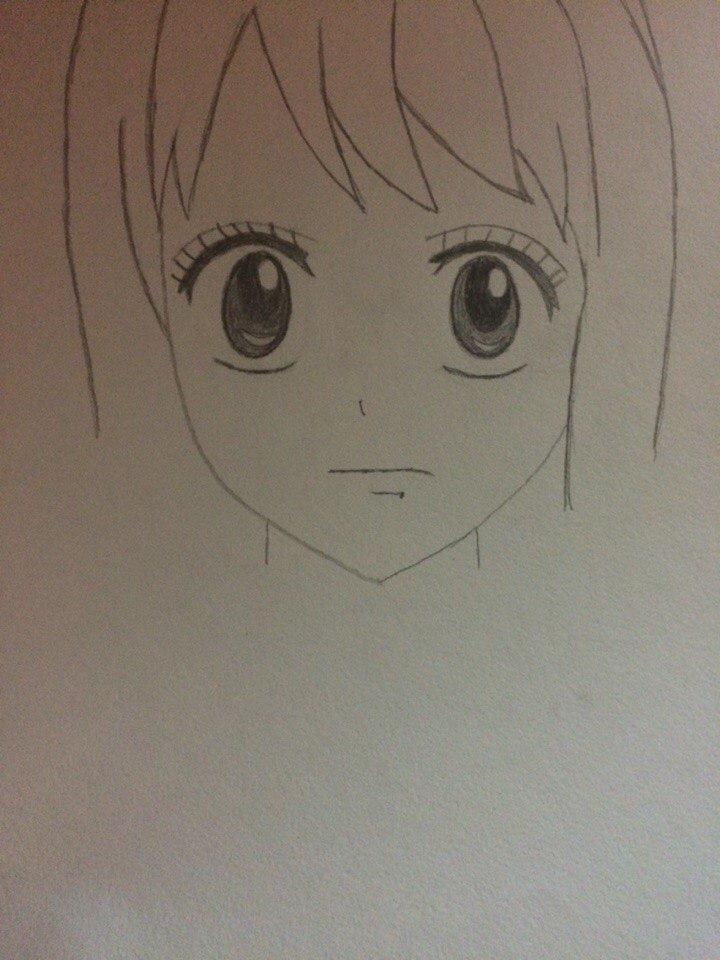 Рисуем лицо Люси из Хвоста Феи простым - шаг 4