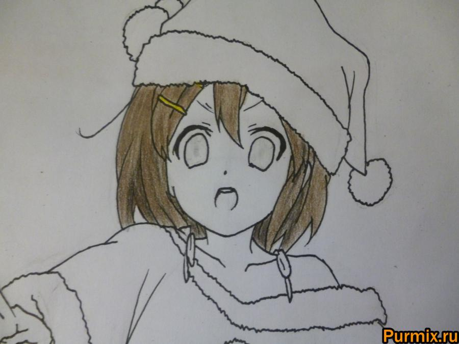 Рисуем Юи Хирасаву в новогоднем костюме цветными карандашами - фото 7