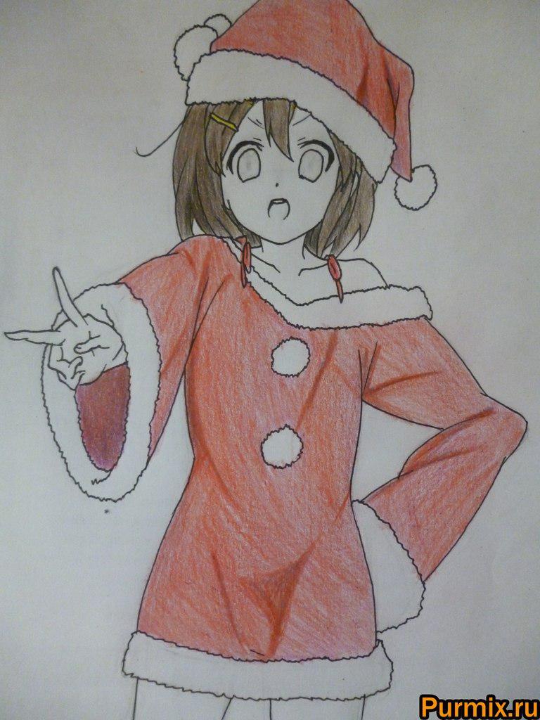 Рисуем Юи Хирасаву в новогоднем костюме цветными карандашами - фото 8