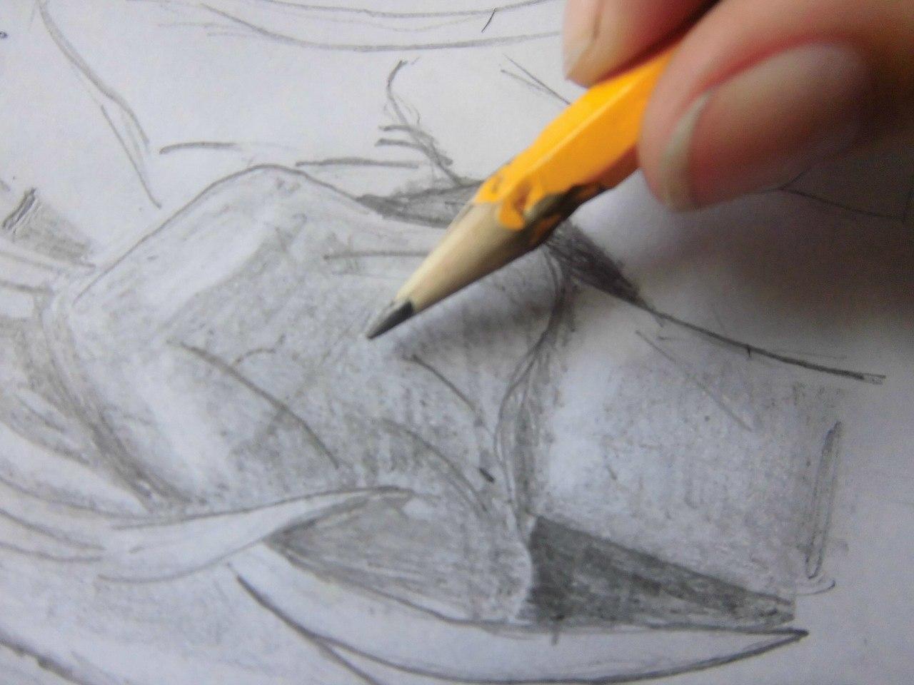 Учимся рисовать целующуюся аниме пару - шаг 6