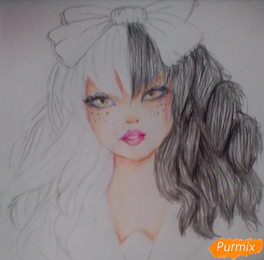 Рисуем портрет певицы Melanie Martinez из клипа Dollhouse - шаг 10