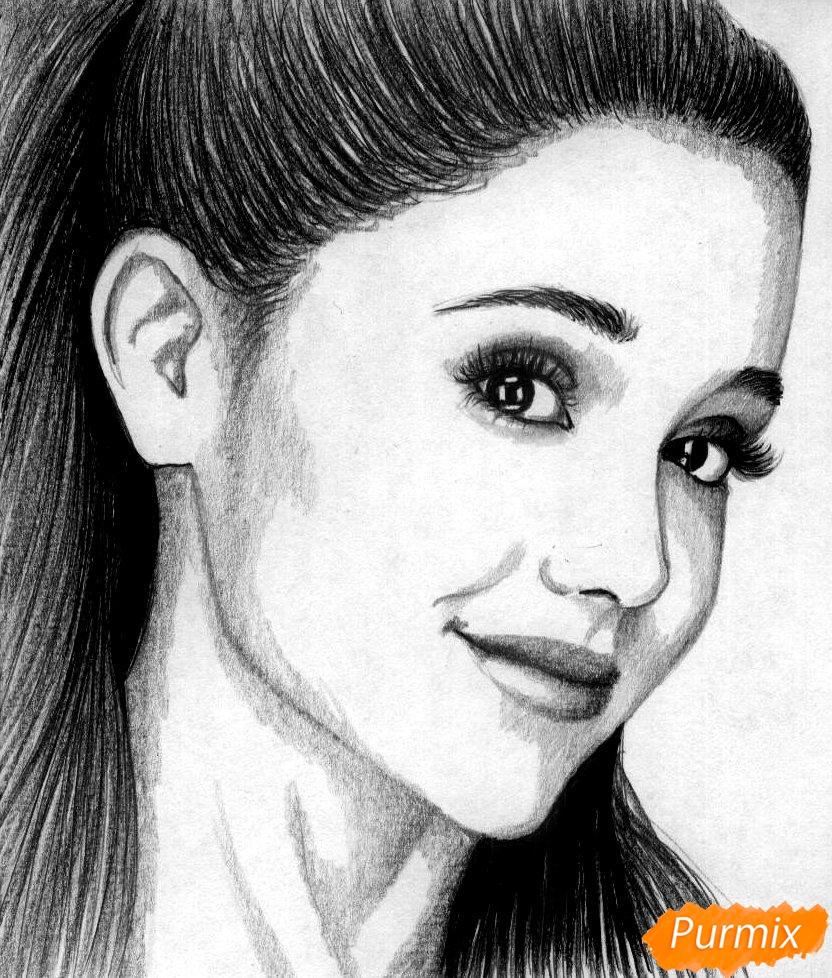 Рисуем портрет Арианы Гранде  и чёрной ручкой - фото 4