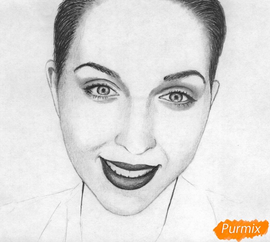 Как нарисовать портрет Кати Клэп карандашом поэтапно - шаг 4