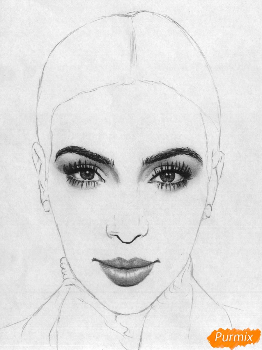 Рисуем портрет Ким Кардашян карандашами и черной ручкой - шаг 3