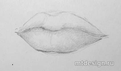 рисуем нижнюю губу карандашом