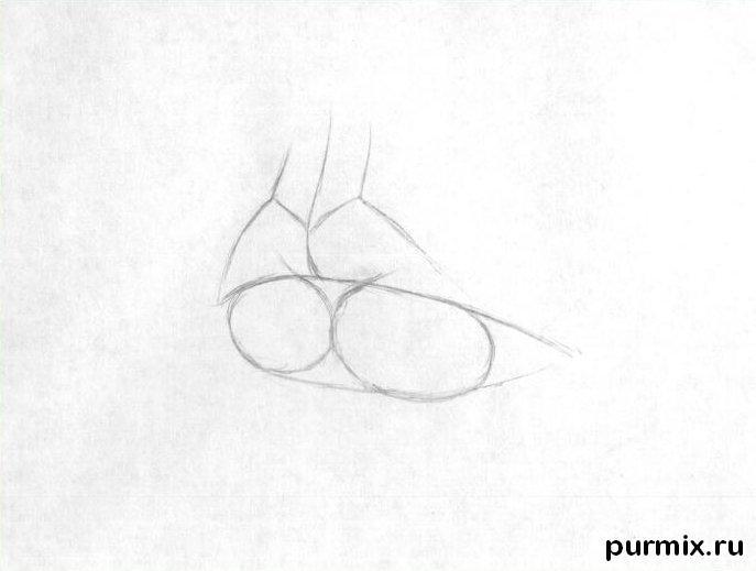 рисуем линии губ карандашом
