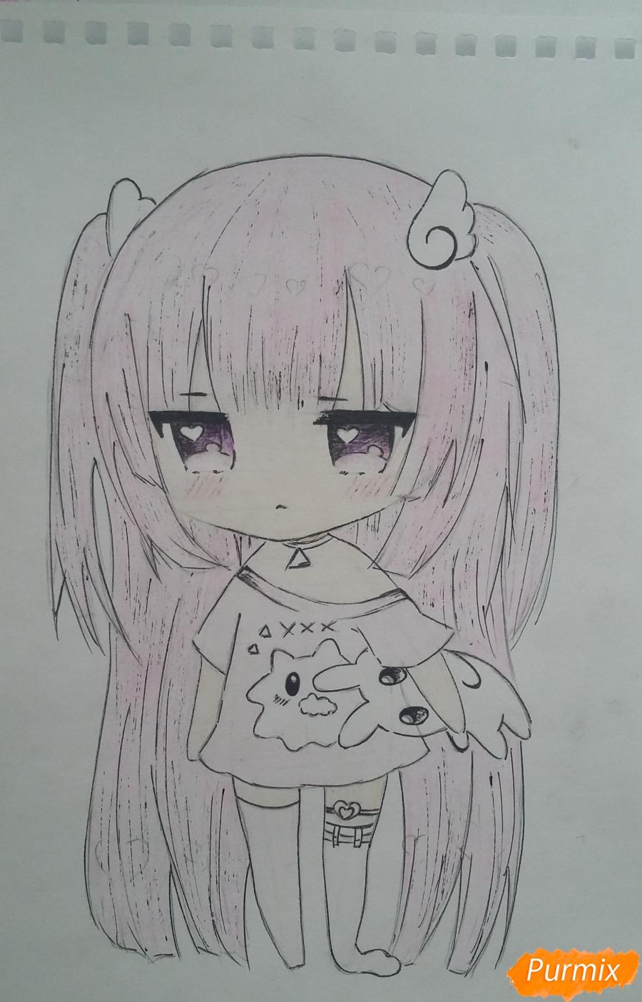 Рисуем милую чиби-тян в пижаме и игрушкой в руке карандашами - шаг 14