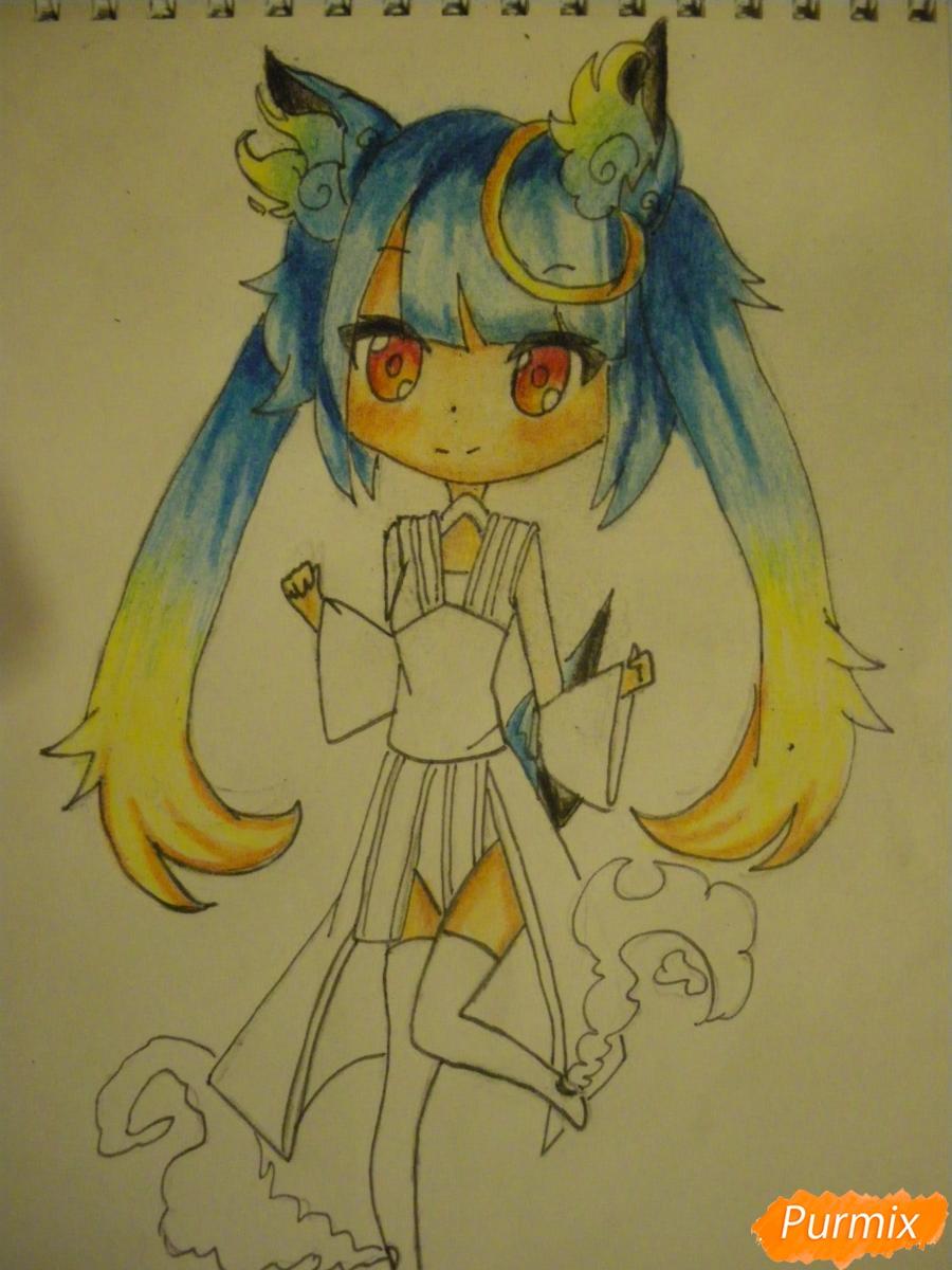 Рисуем синюю девочку лисицу в стиле чиби карандашами - шаг 16