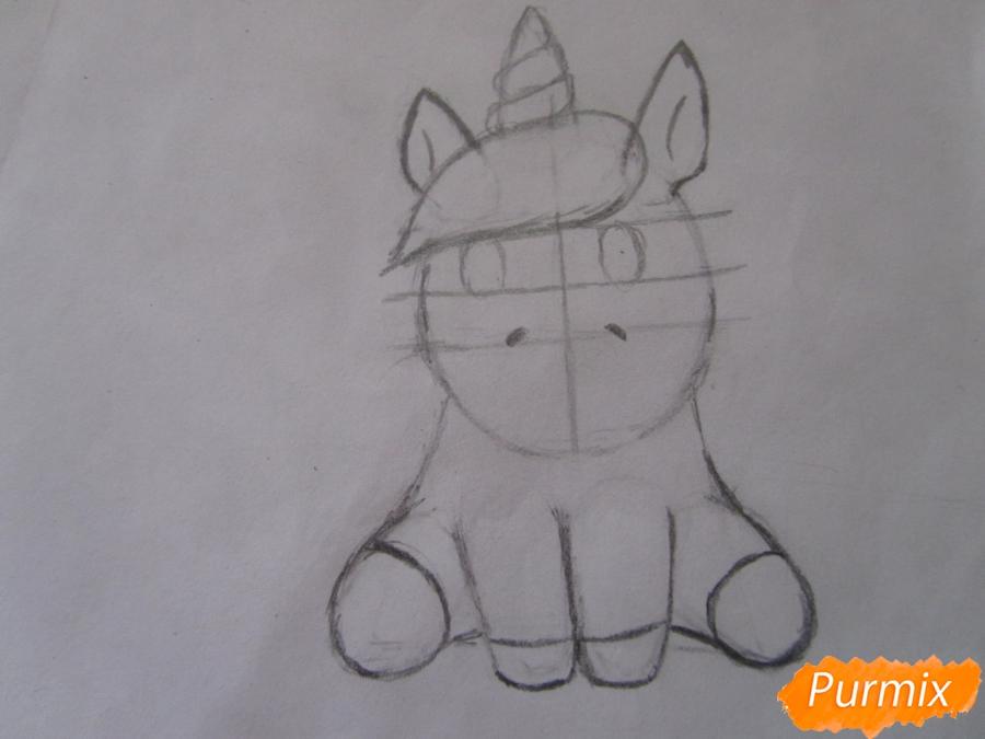 Рисуем маленького единорожка ребенку карандашами - шаг 5