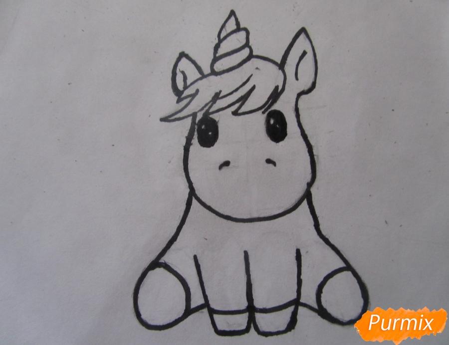 Рисуем маленького единорожка ребенку карандашами - шаг 7