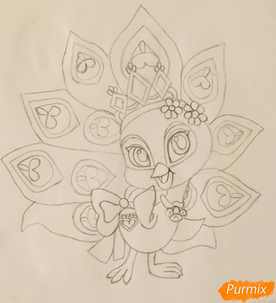 Рисуем павлина Светика питомца Рапунцель из мультфильмa Palace Pets - шаг 7