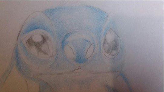 Рисуем Стича цветными карандашами - шаг 14