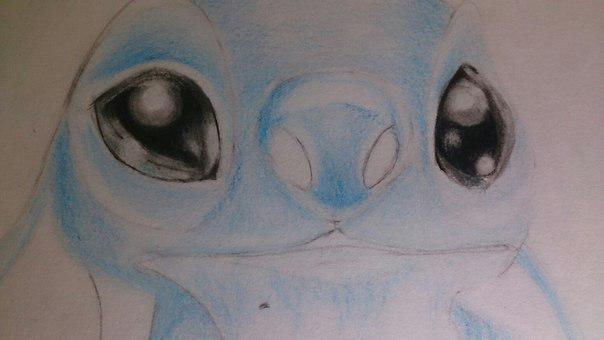 Рисуем Стича цветными карандашами - шаг 15