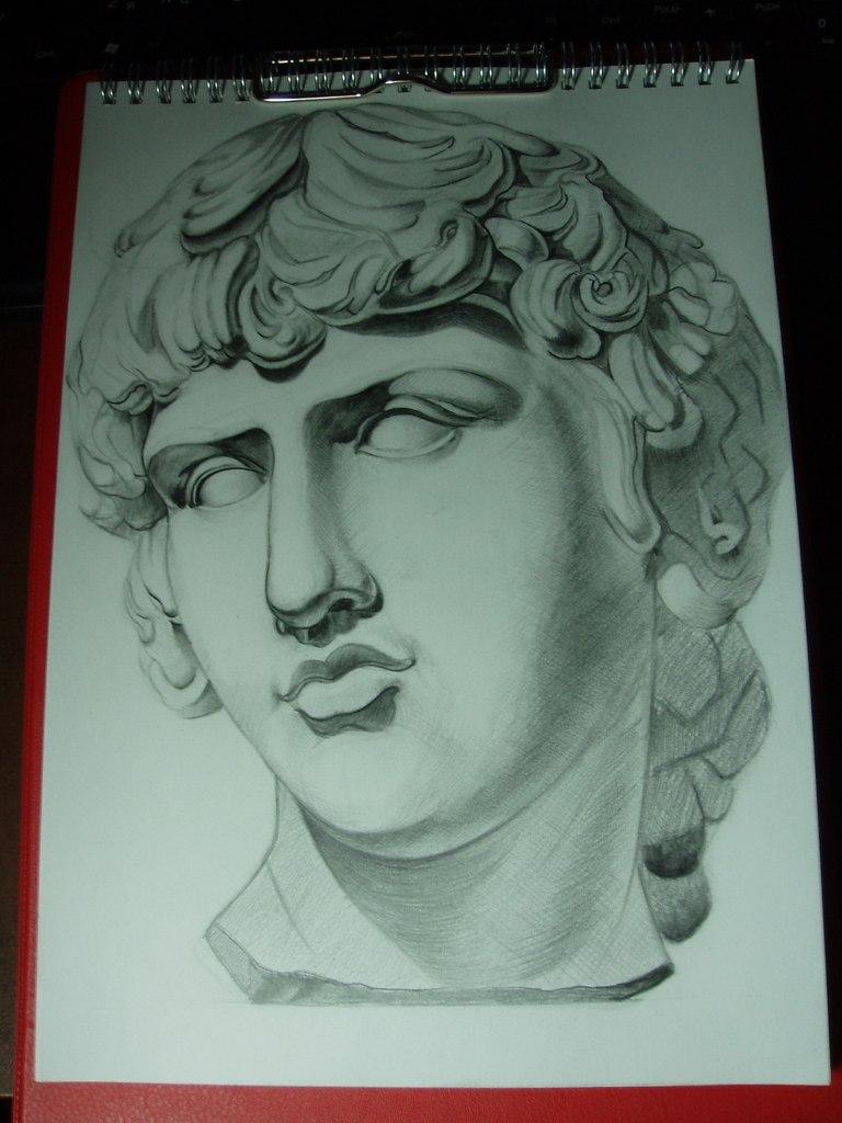 Как нарисовать гипсовую голову Антиноя карандашом поэтапно