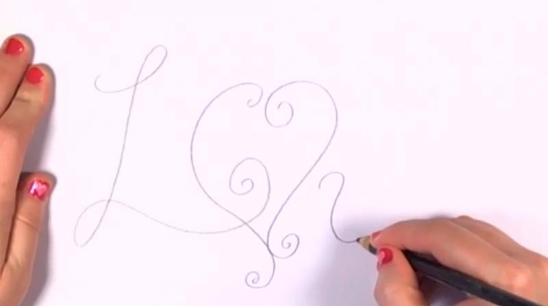 Как красиво нарисовать слово love - шаг 1