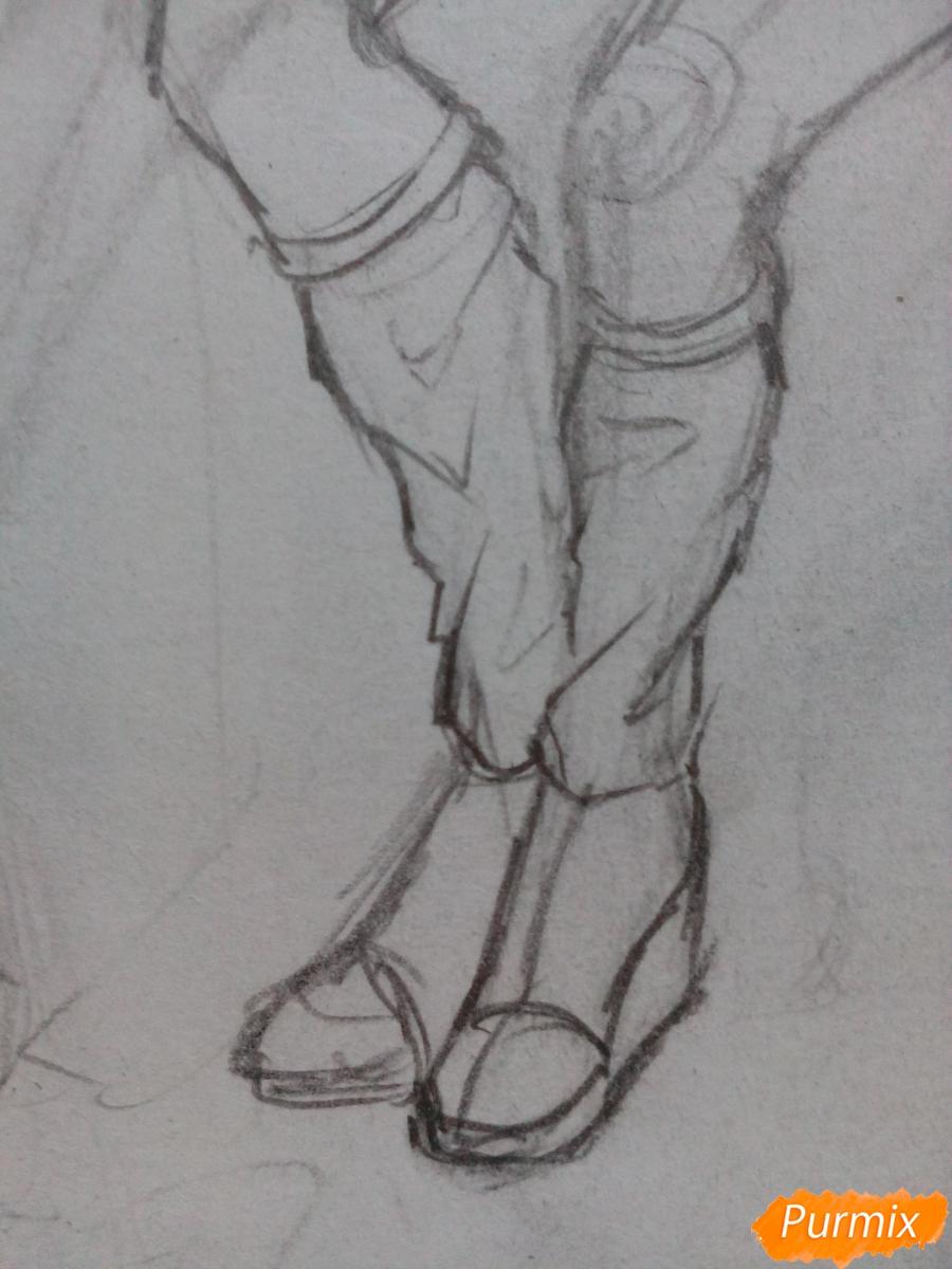 Рисуем девушку-кошку в капюшоне - шаг 6