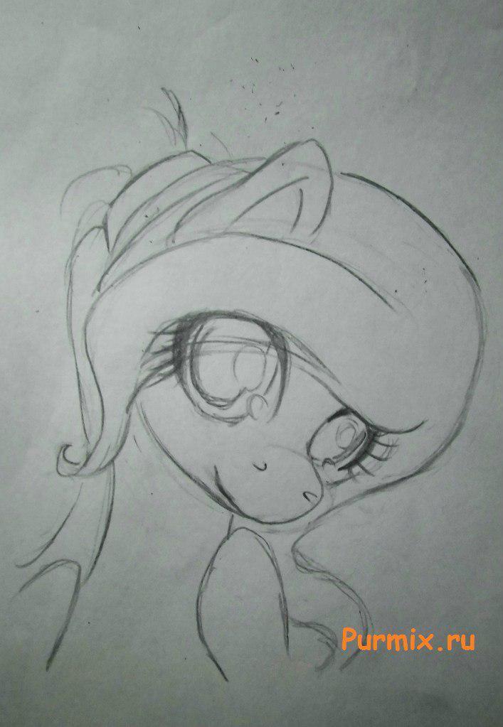 Рисуем милую пони Флаттершай карандашами - шаг 3