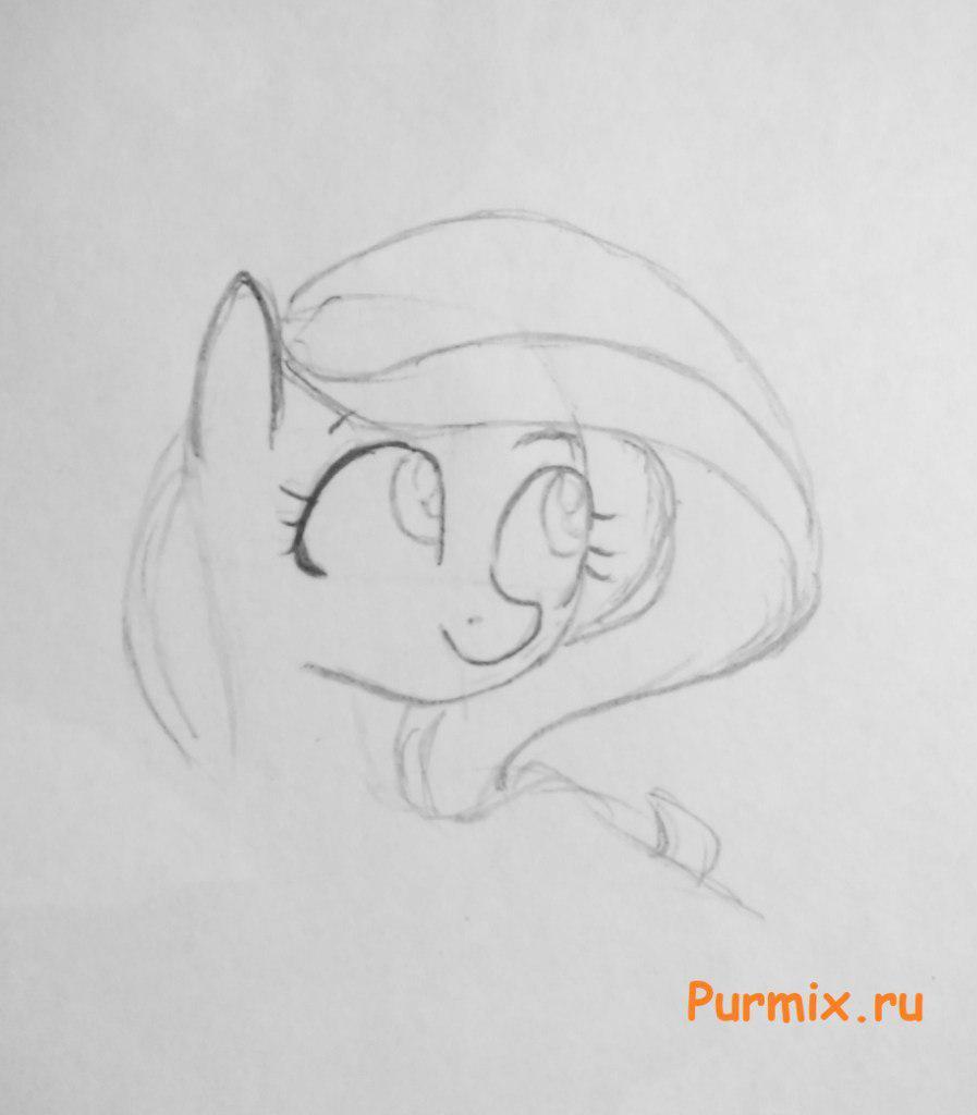 Рисуем красивую пони Флаттершай - шаг 3