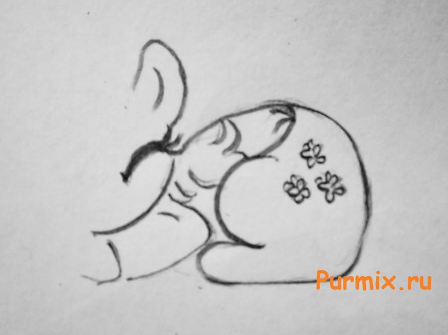 Рисуем пони Флаттершай в виде сердца - шаг 3