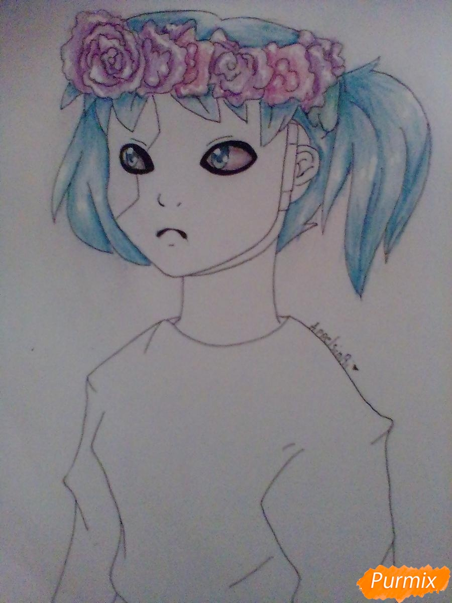 Рисуем и раскрасить Салли Фишера с венком на голове карандашами - фото 8