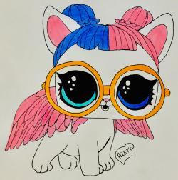 Фото Lol Pets белую кошечку с крыльями в очках