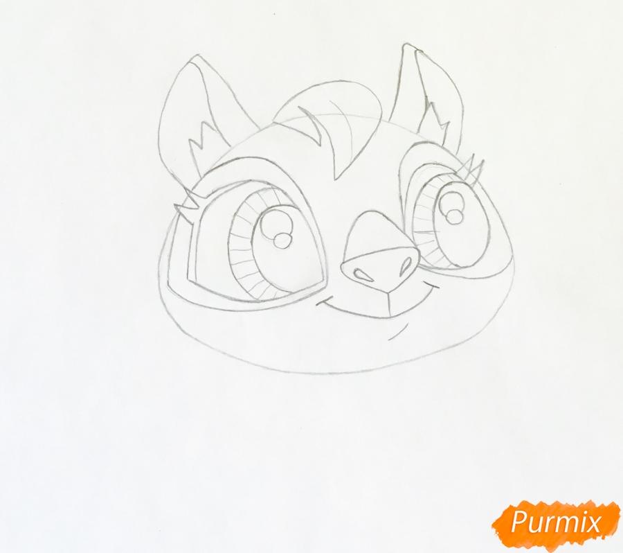 Рисуем кенгуру по имени Peachy из мультфильма My Littlest Pet Shop - шаг 3