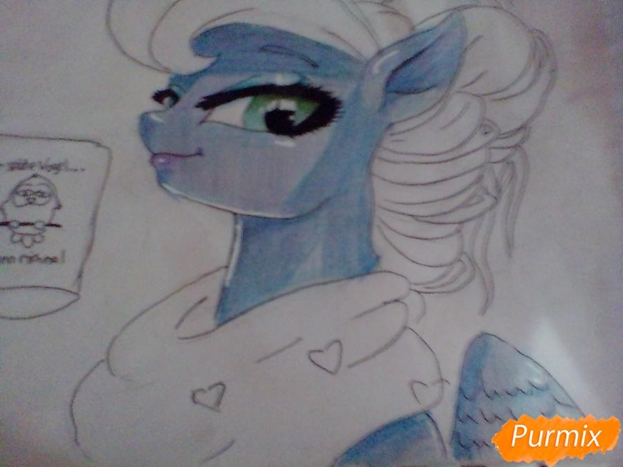 Рисуем пони Луна с чашкой - шаг 10