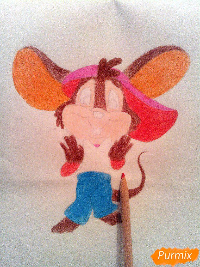 Рисуем испуганного мышонка цветными карандашами - шаг 11