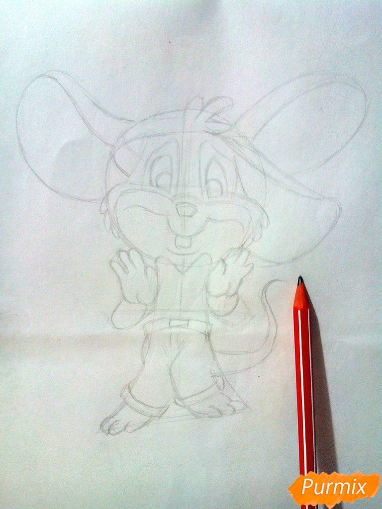 Рисуем испуганного мышонка цветными карандашами - шаг 4