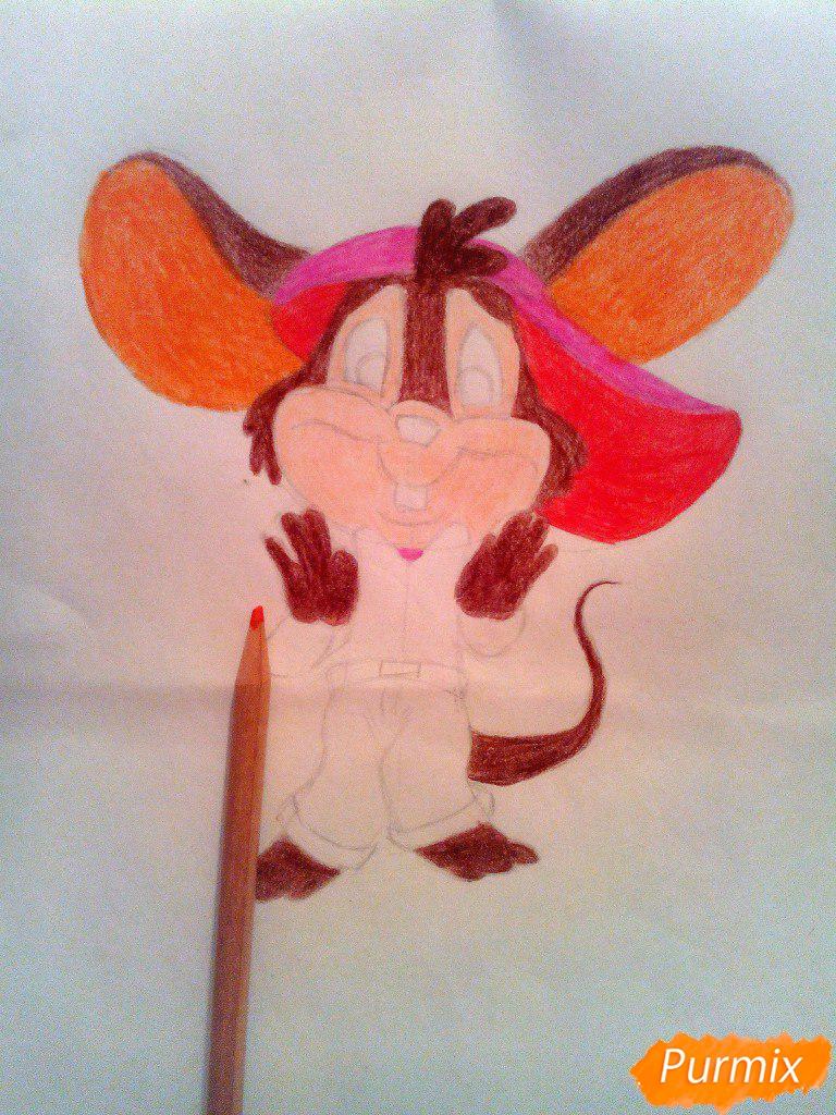 Рисуем испуганного мышонка цветными карандашами - шаг 9