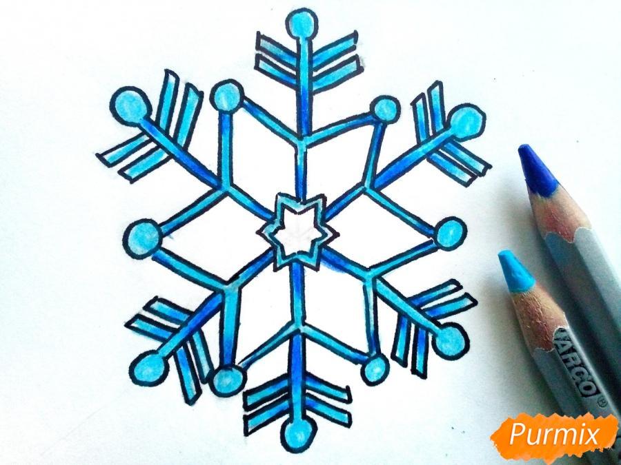 Рисуем маленькую снежинку - фото 5