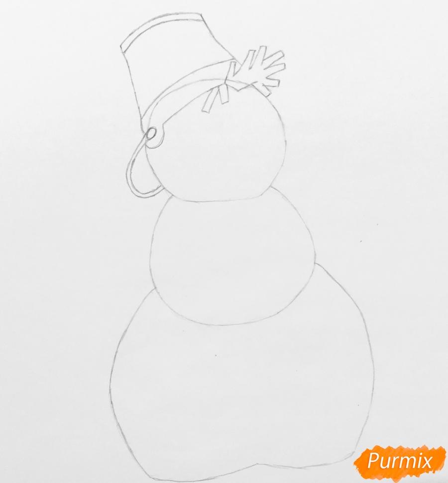 Рисуем новогоднего снеговика в шарфике и ведёрком на головке - шаг 4