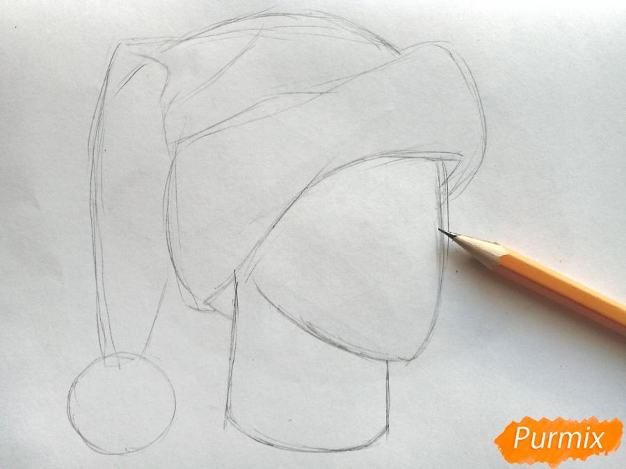 Рисуем шапку Деда Мороза цветными карандашами - шаг 3