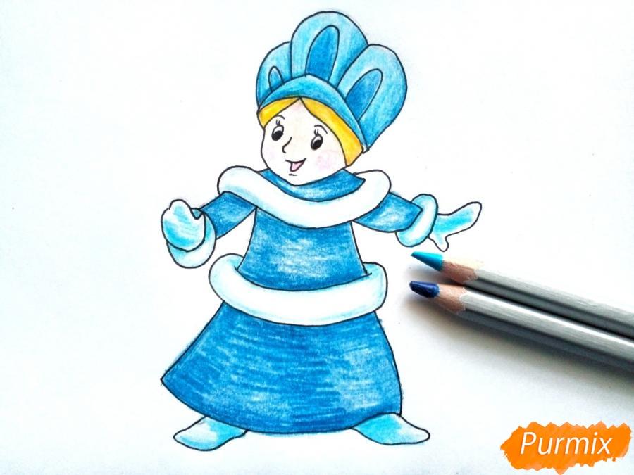 Рисуем Снегурочку легко для детей - шаг 7