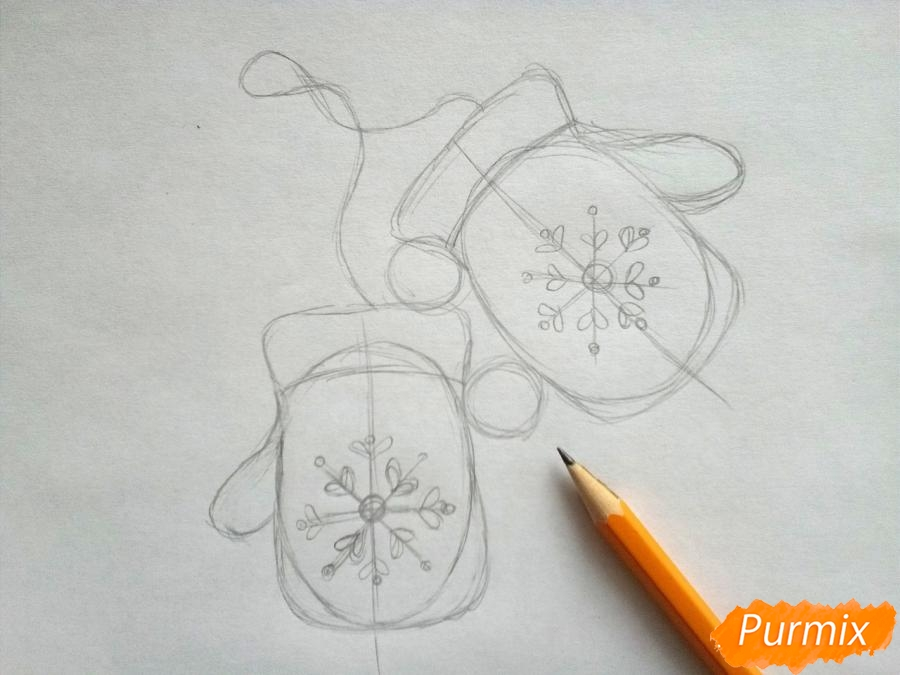 Рисуем варежки карандашами - шаг 3