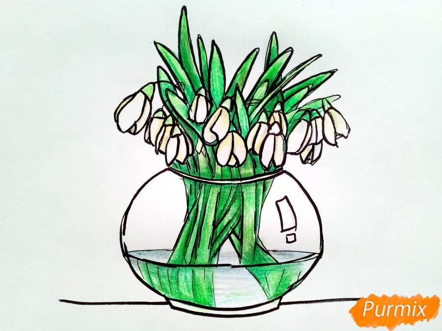 Рисуем букет подснежников в вазе карандашами - фото 9