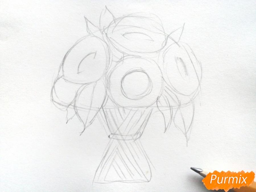 Рисуем букет подсолнухов цветными карандашами - шаг 3