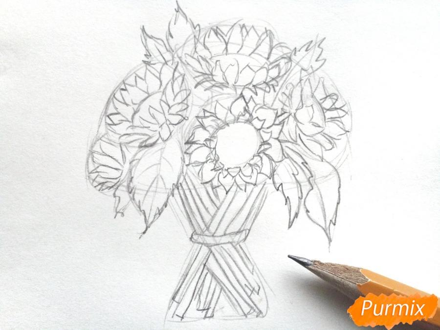 Рисуем букет подсолнухов цветными карандашами - фото 4