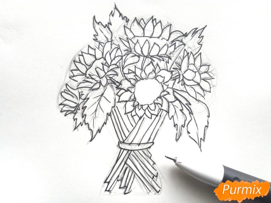 Рисуем букет подсолнухов цветными карандашами - шаг 5