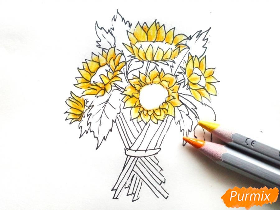Рисуем букет подсолнухов цветными карандашами - шаг 6
