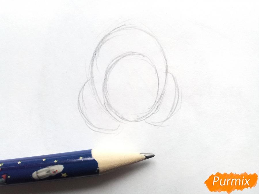 Рисуем девочку в зимней одежде карандашами - шаг 1