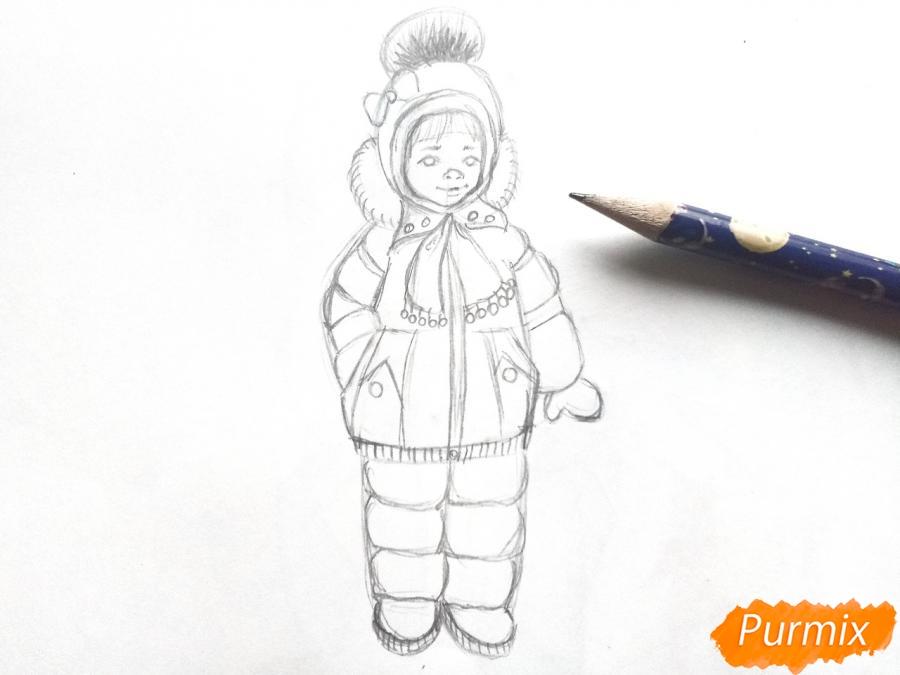 Рисуем девочку в зимней одежде карандашами - шаг 5