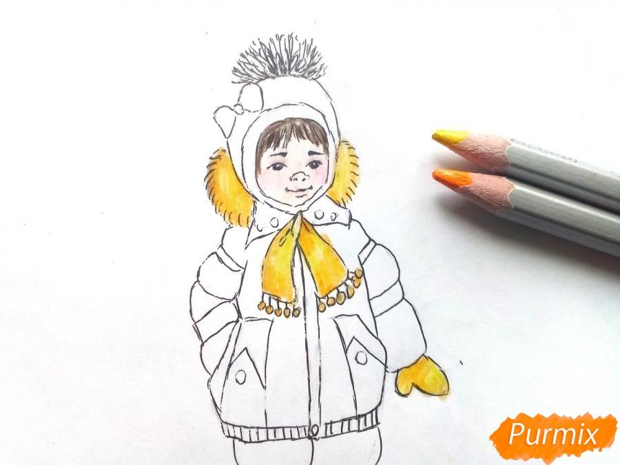 Рисуем девочку в зимней одежде карандашами - шаг 8