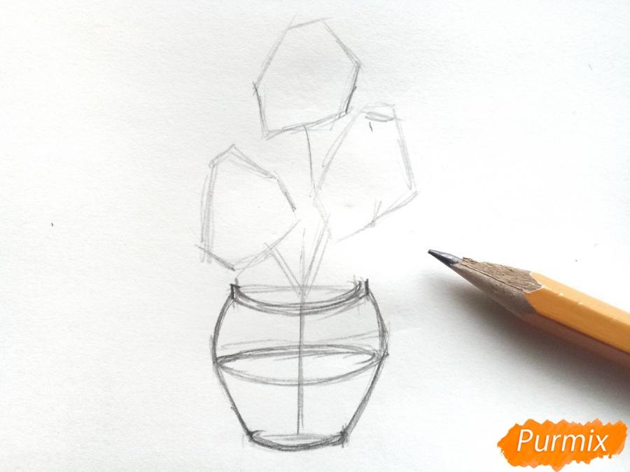 Рисуем ирисы в вазе - шаг 3