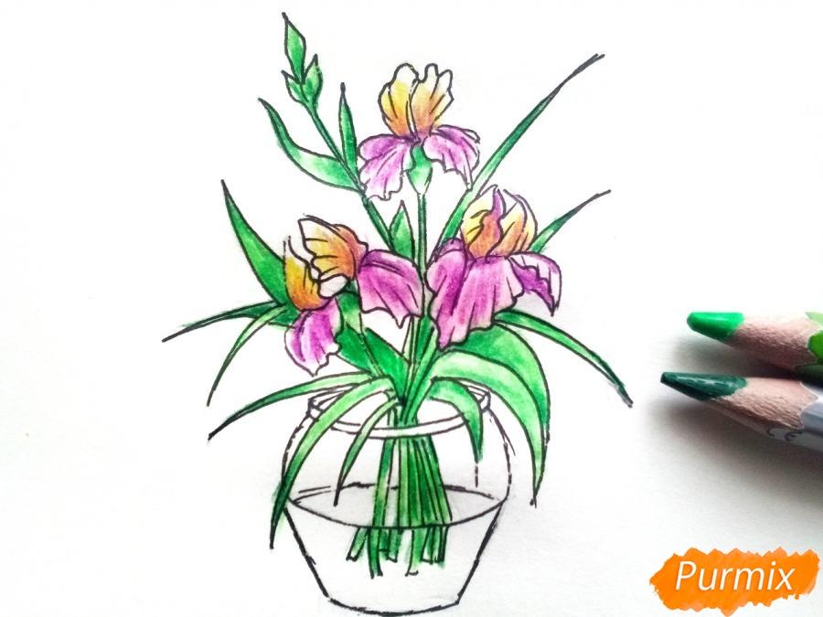 Рисуем ирисы в вазе - фото 8