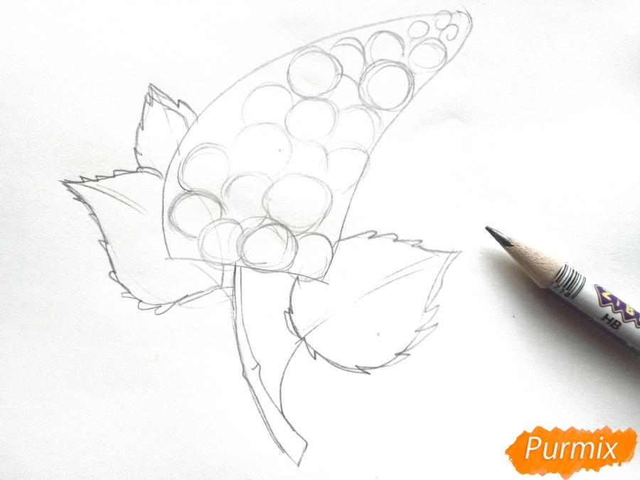 Рисуем сирень карандашами - шаг 3
