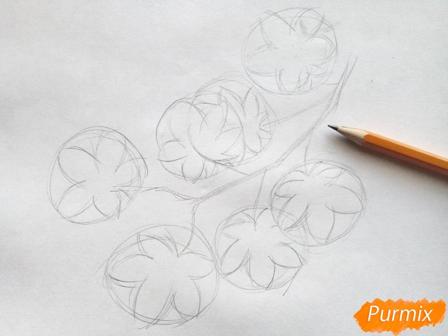 Рисуем ветку с кленовыми листьями - фото 2