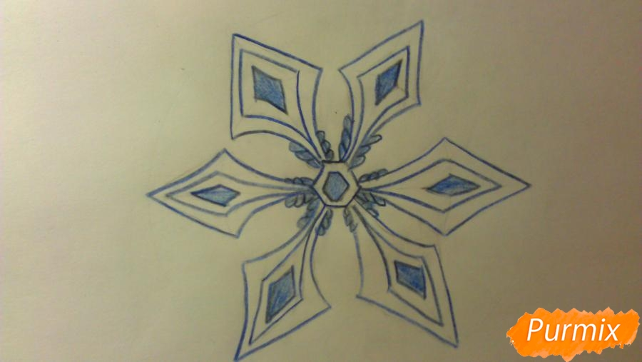 Как просто и красиво нарисовать снежинку на бумаге для детей - фото 9